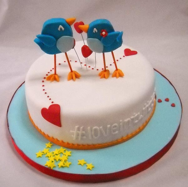 twitter_in_love_theme_cake_1